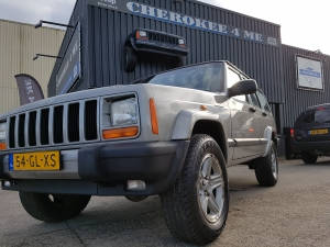 Jeep cherokee 2001 grey