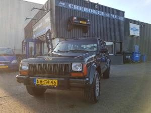 Jeep cherokee 1996, warm donkergroene klassieker