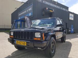 Jeep cherokee 2001, Diep Donker Zwart