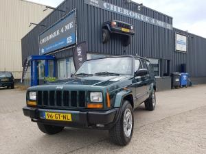 Jeep Cherokee 2001, jungle groen in goede doen !!